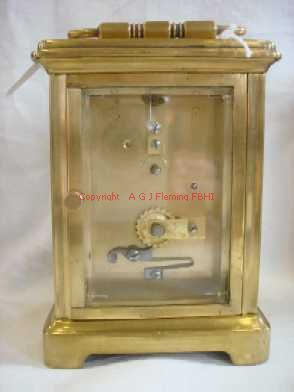 Back plate of carriage clock with cylinder platform